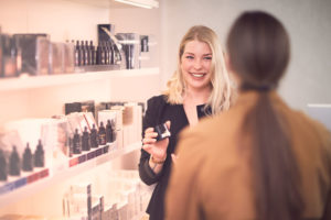 Jennifer-Sohn-Kosmetik-Studio-Essen_Produkte